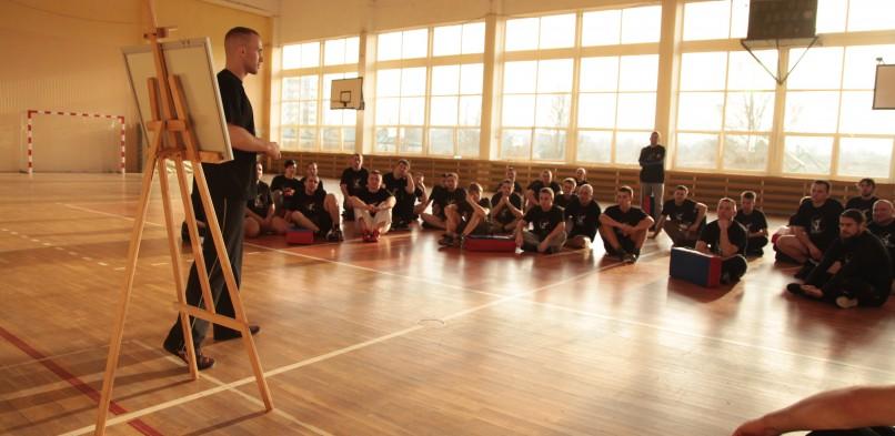Jak ćwiczyć samoobronę/walkę realną ?